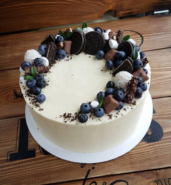 Tort z białej czekolady z malibu